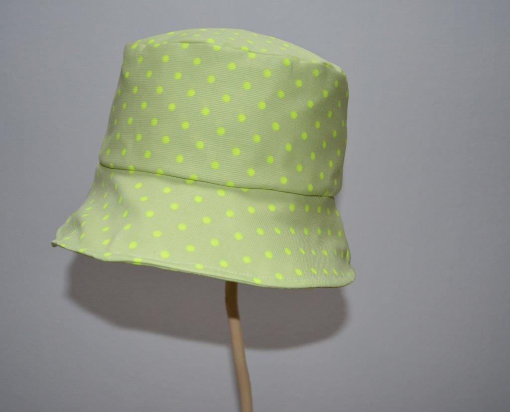 Cappello modello pescatore in cotone a pois