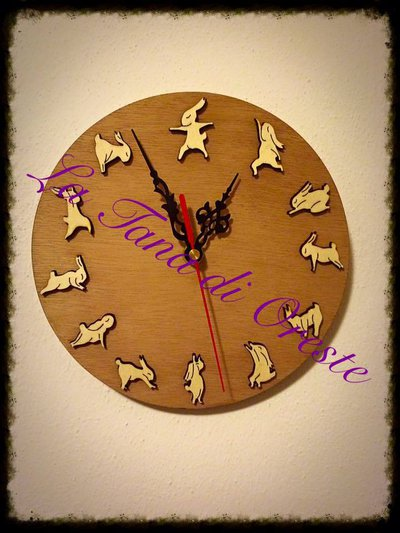 YOGA LAPIN CLOCK