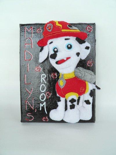 Targa per cameretta bambini con cucciolo mascotte
