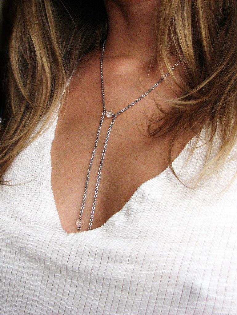 Collana minimalista in acciaio con cristalli