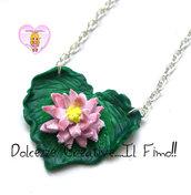 Collana foglia con fiore di loto - Miniature fimo kawaii cute romantica