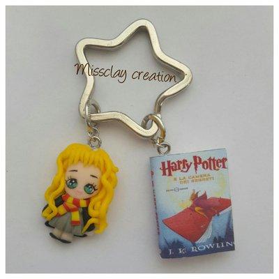 Portachiavi Hermione in fimo