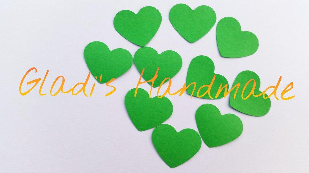 100 Coriandoli a forma di Cuore di cartoncino verde per scrapbooking