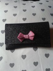 Pochette in fommy
