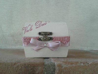 Scatola piccola in stile shabby chic avorio e merletto rosa