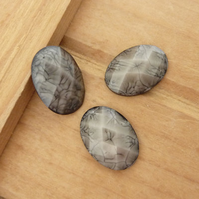 3 Cabochon in resina