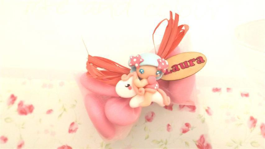 OFFERTA PROMOZIONALE FIMO - BOMBONIERE COMPLETE -FATINA BAMBINA dollina doll con mini pony   - con sacchettino confetti e in OMAGGIO targa con nome