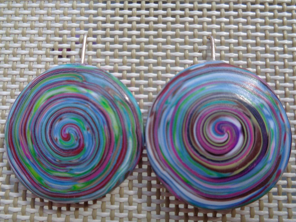 Orecchini pendenti disco in pasta polimerica