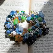 Bracciale romantico con charms e fiori vintage azzurri