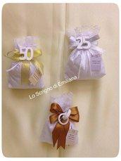 Sacchetto portaconfetti Matrimonio/Nozze d'Oro/Nozze d'Argento con gessetto profumato