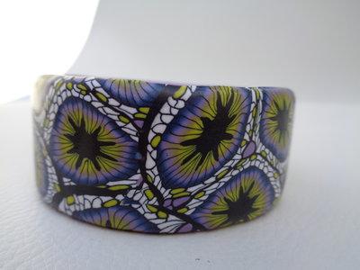 Bracciale rigido in pasta polimerica blu-lilla-giallo
