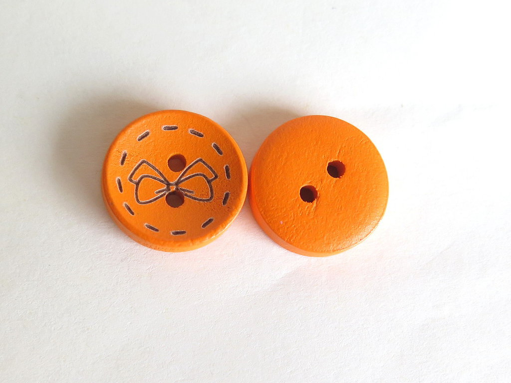 6 Bottoni di legno -ARANCIONE  BOT12