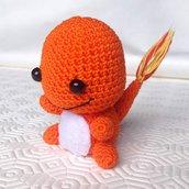 Pokemon Charmander baby amigurumi, fatto a mano all'uncinetto