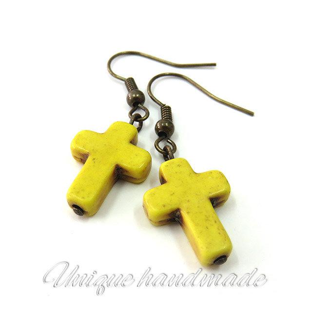 Orecchini  con croce gialla pendente