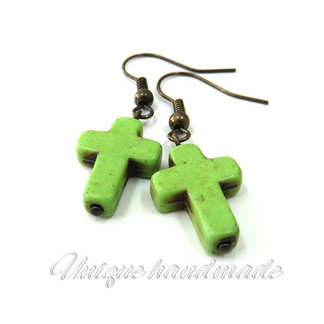 Orecchini  con croce verde pendente