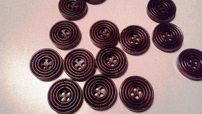 20 bottoni di legno