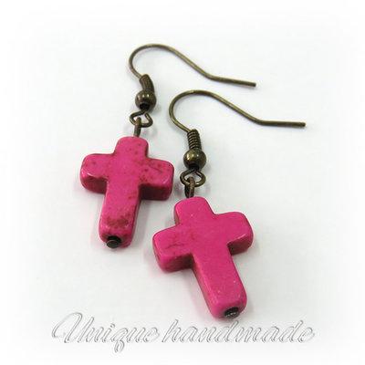 Orecchini  con croce rosa pendente