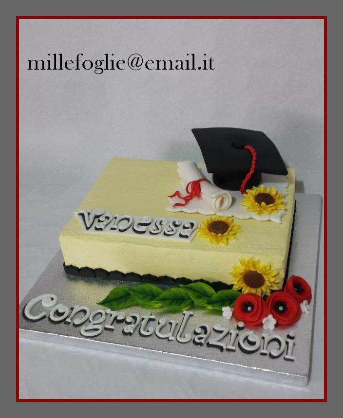 Cake topper Laurea commestibile/non-commestibile a richiesta.