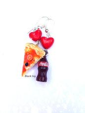 Orecchini pendenti fetta di pizza in fimo + Coca Cola