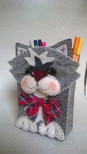 gatto portamatite in feltro