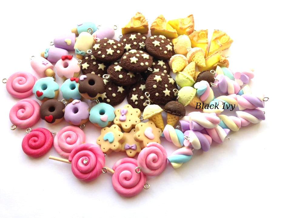 Lotto mix ciondoli charms dolci biscotti  fimo polymer clay cernit