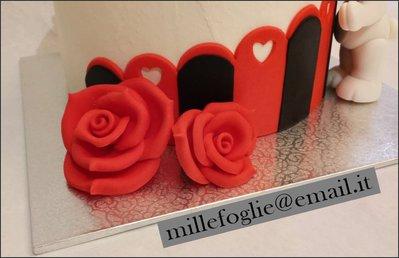 Decorazione torta orsetti squadra del cuore cake for Decorazione torte millefoglie