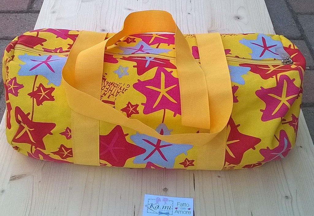 Borsa zuccotto fantasia di stelle colore giallo donna for Oggetti di colore giallo