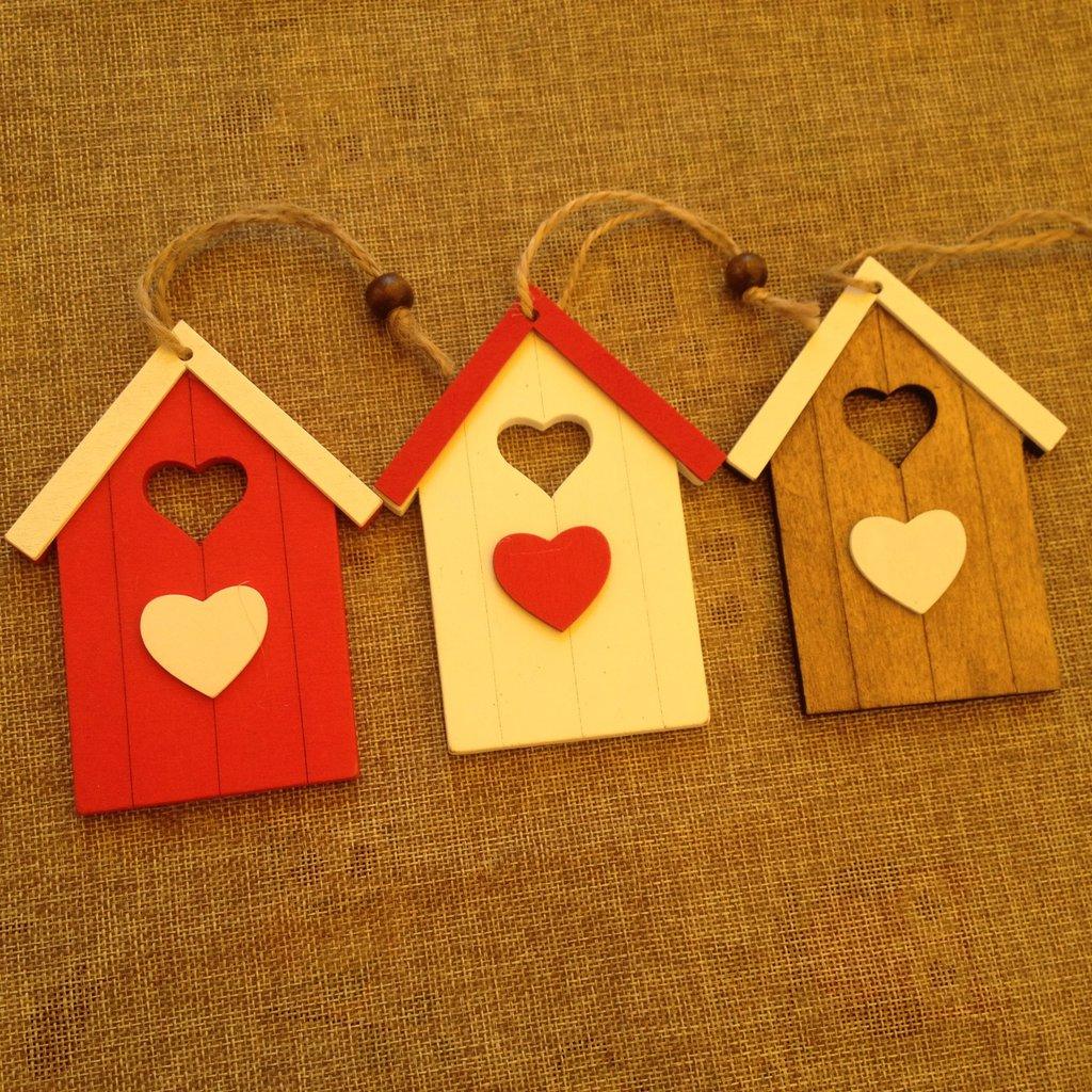 decorazione casetta in legno