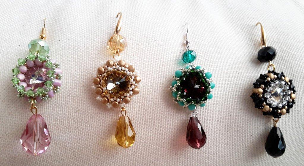 Orecchini intreccio perline rulla