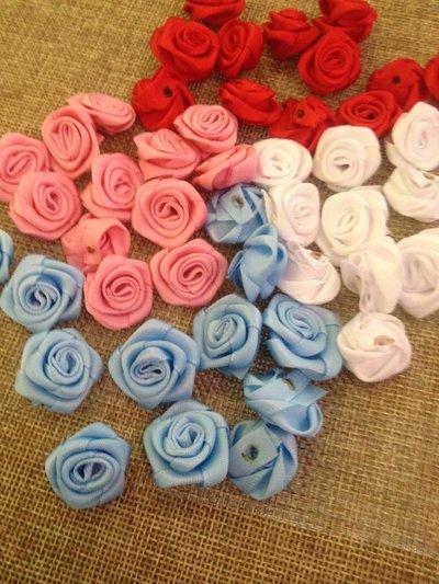 12 roselline in raso per decorazione