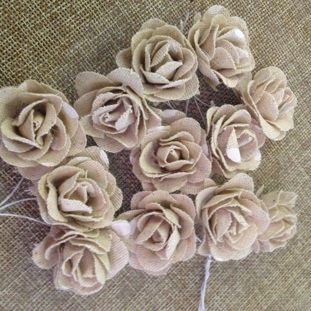 rose in juta per decorazione