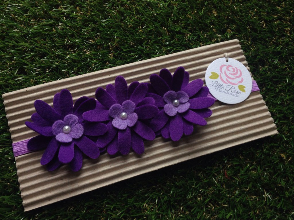 Fascia elastica a tre fiori in tono viola by Little Rose Handmade