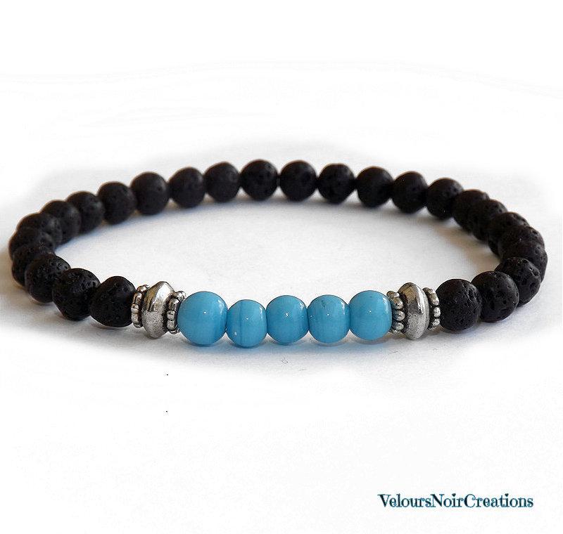 Bracciale uomo pietra lavica e perle in vetro azzurro