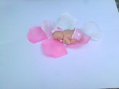 Bimba in fimo rosa bomboniera segnaposto nascita battesimo