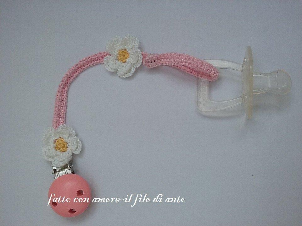 Catenella portaciuccio bimba con fiori bianchi