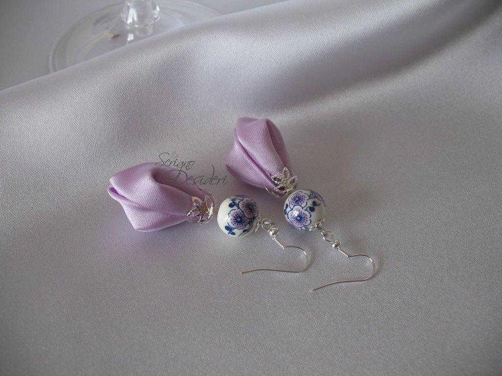 Orecchini Pendenti Kanzashi Lilla e perle in ceramica
