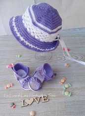 Cappello estivo uncinetto  e sandalini per bimba coordinati