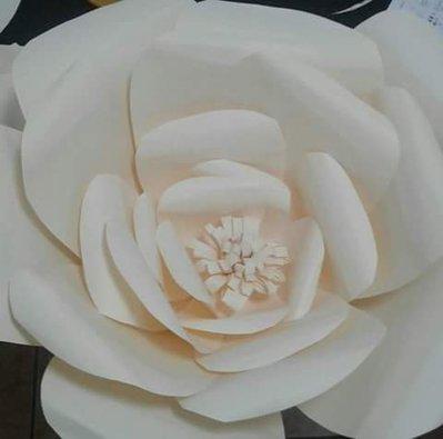 Fiore gigante in carta - giant  paper flower