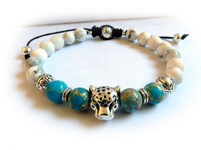 Bracciale testa di Ghepardo con perle da 8mm in pietra dura colore turchese e bianche effetto marmo