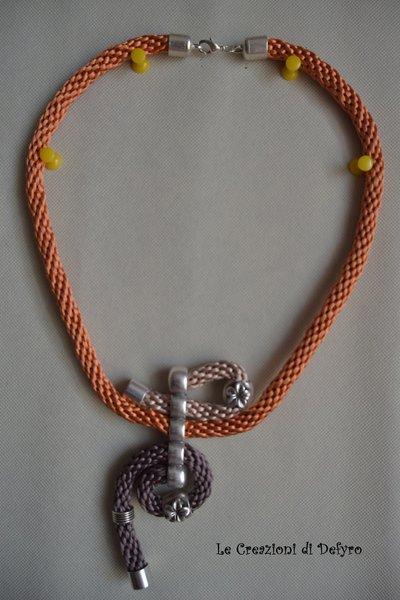 Collana raso e metallo tricolore