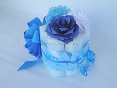 Mini torta di pannolini azzurra e blu idea regalo o centrotavola per le feste