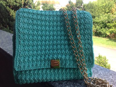 Pochette color Tiffany