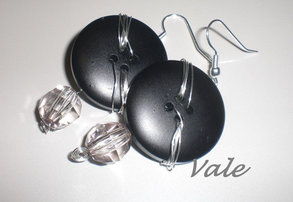 orecchini bottoni neri