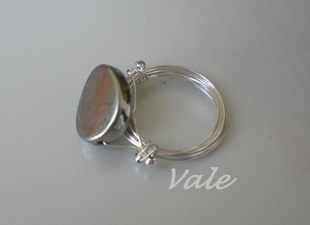 anello pietra argentata