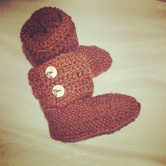 Stivaletti scarpette scarpine tipo Hugg neonato bebè