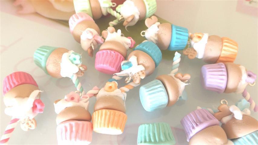 OFFERTA BOMBONIERE - matrimonio - nascita battesimo - CUPCAKES con effetto panna montata e cialda biscotto    - fimo confetti porta confetti