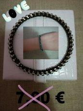 bracciale nero con strass azzurro