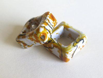 4 Perle quadrate in acrilico Drawbench giallo PRL131