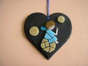Mosaico angioletto su cuore in ardesia naturale