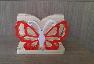 Portatovaglioli in legno naturale con soggetto farfalla traforata colore rosso